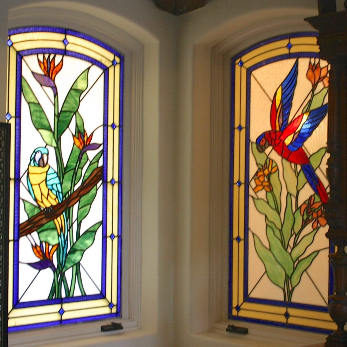 14parrot.stained.glass