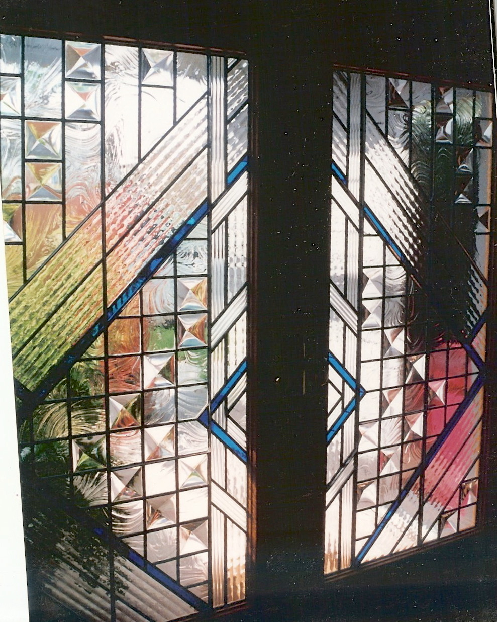 61.contemporary.leaded.glass