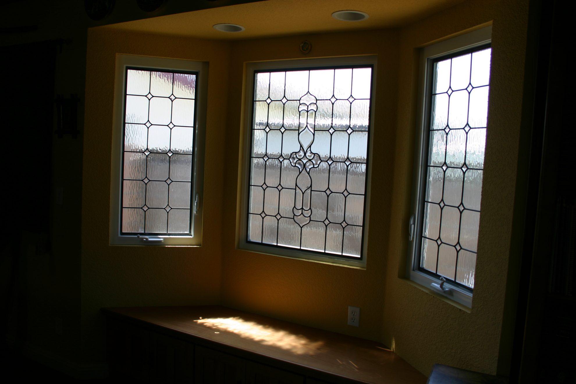 68.bay.window