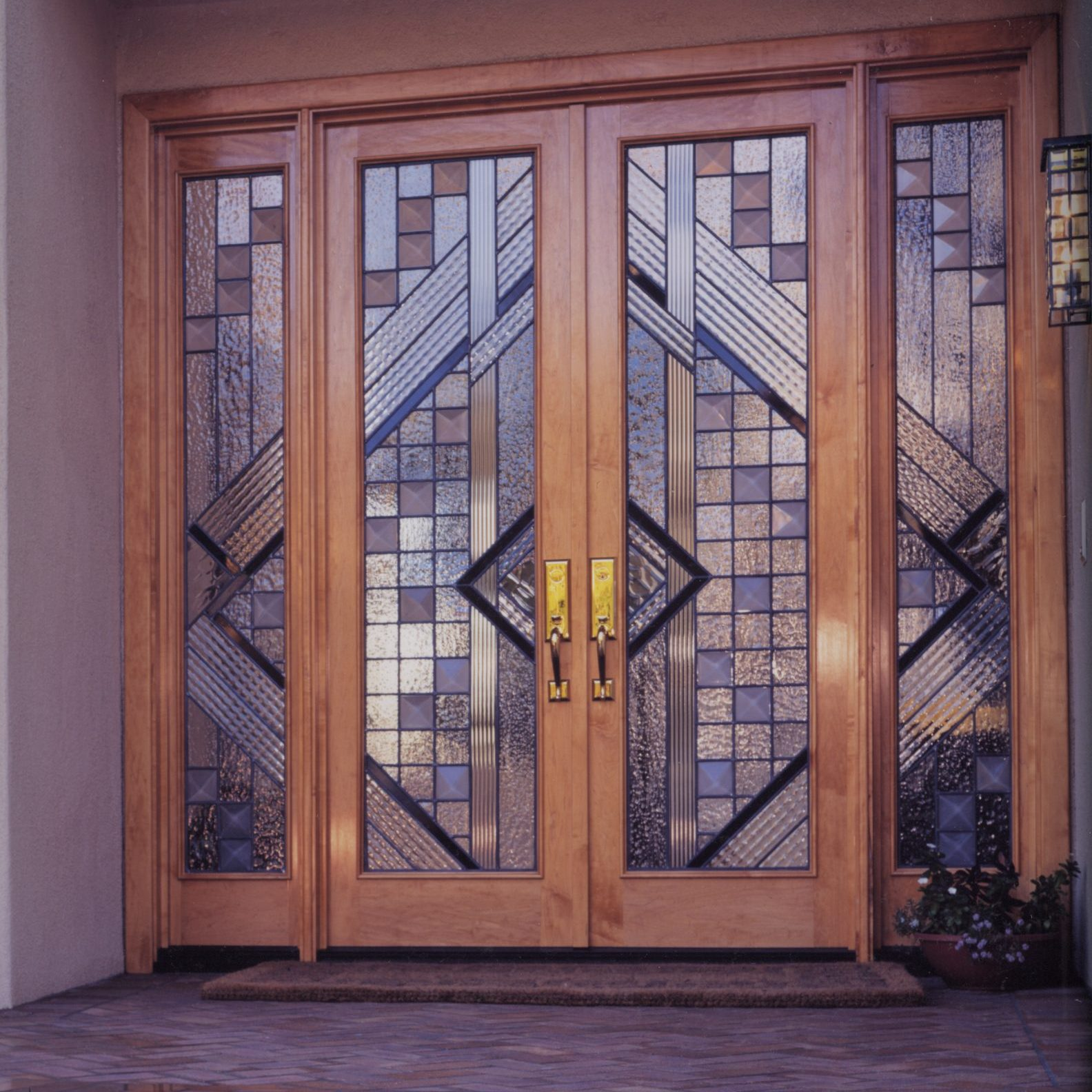7.contemporary.leaded.glass