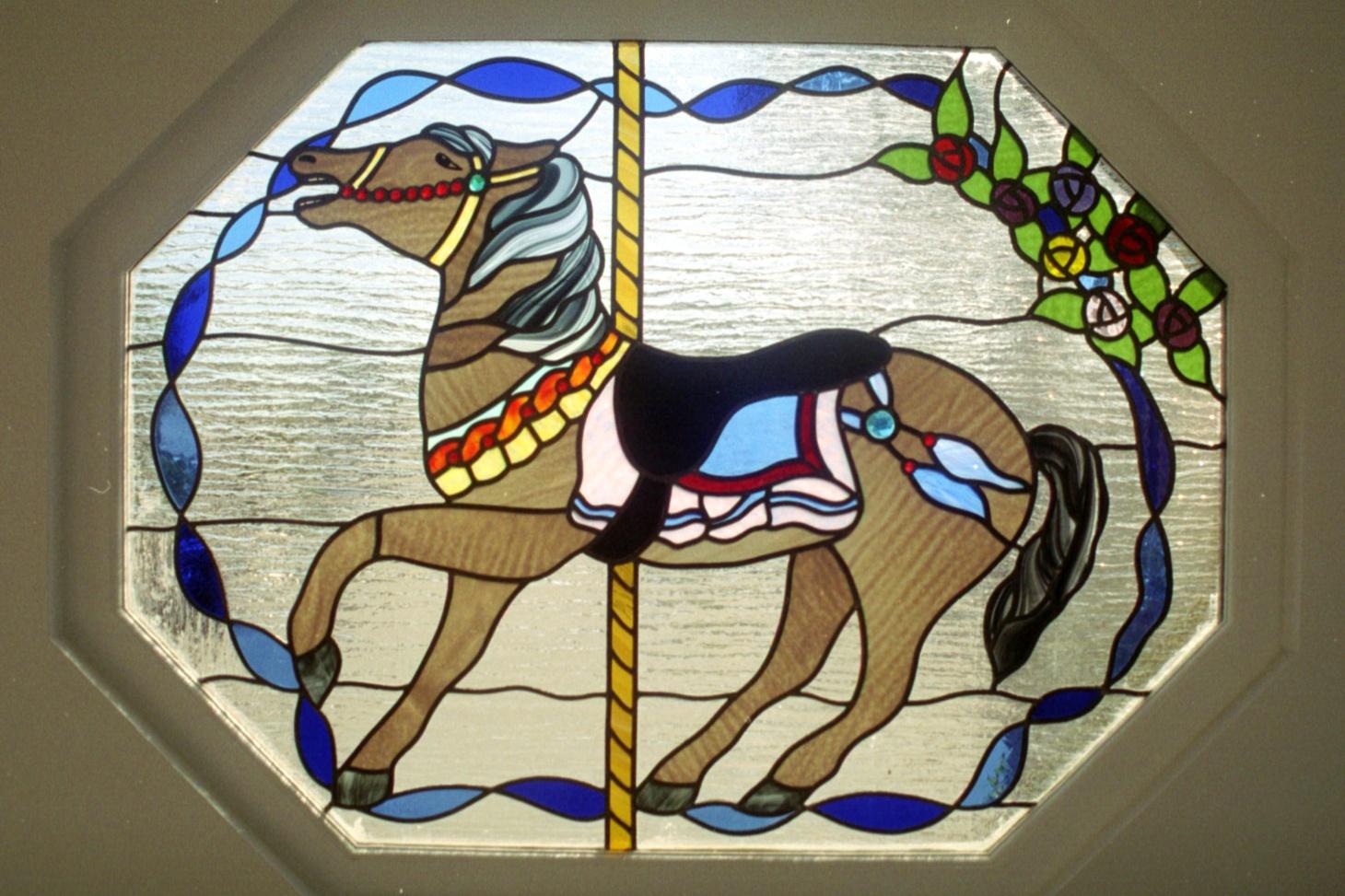 8.carousel.horse